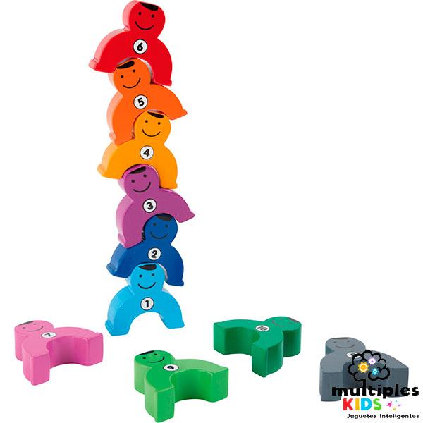 Torre de muñecos y números